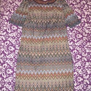 Pretty zig zag dress.